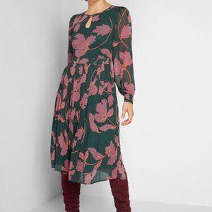 Modcloth Keen on Pleats Dress